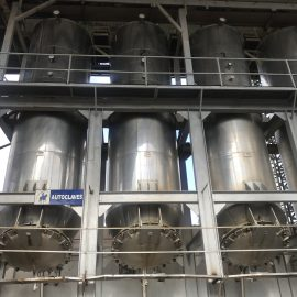 Steel autoclaves for agave